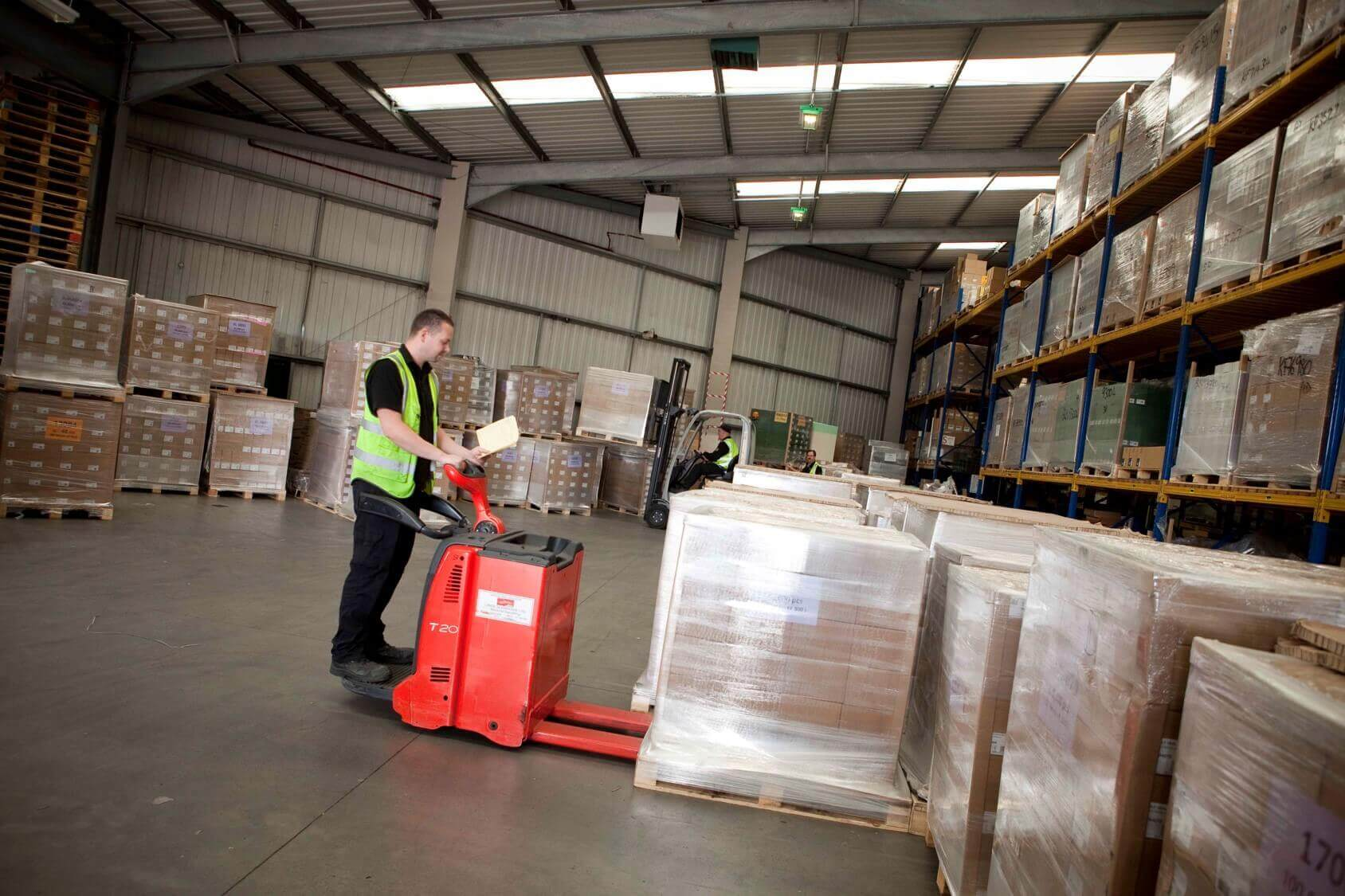 Conserving Energy With Motion Sensitive LED Warehouse Lighting